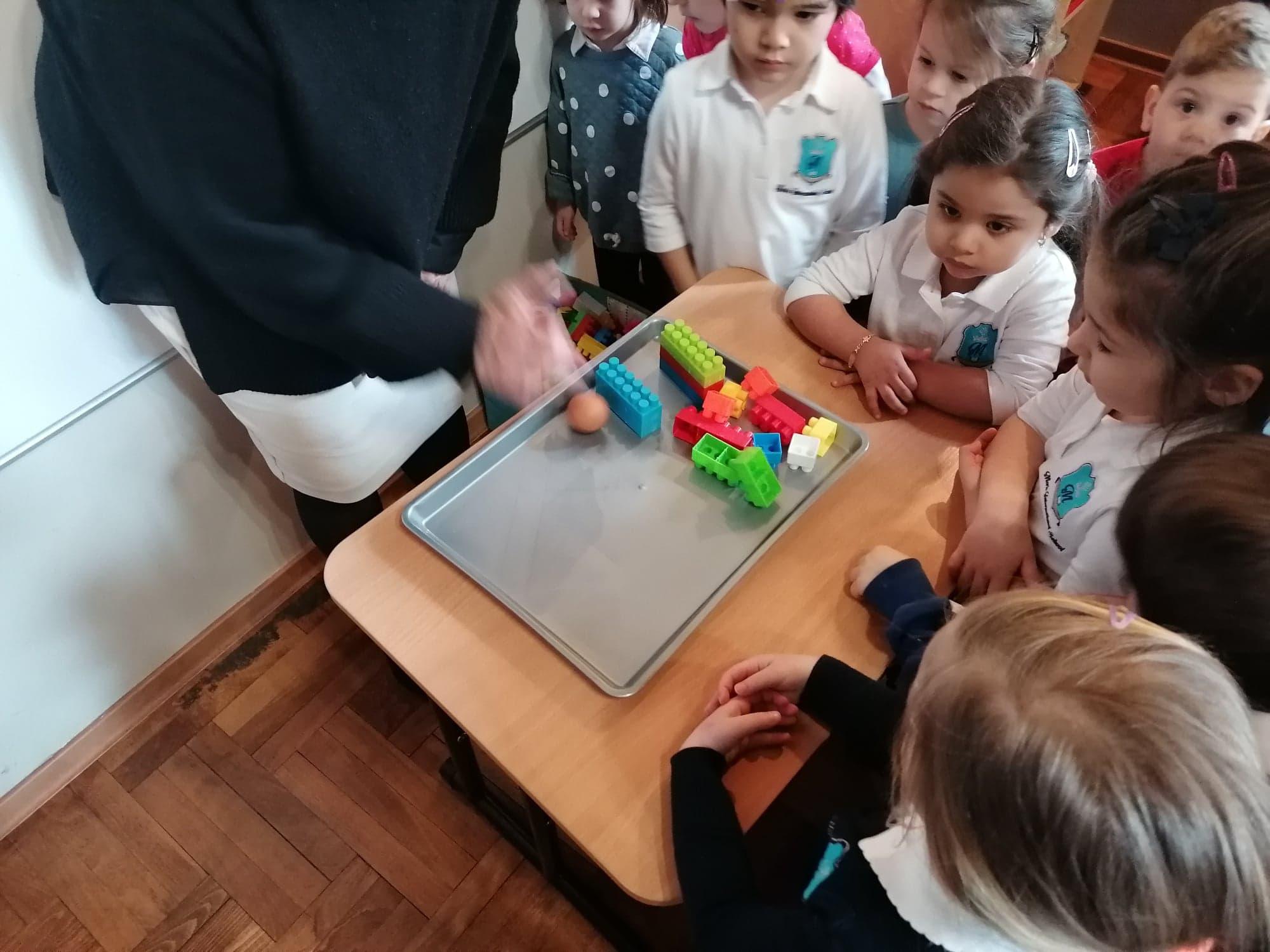 Mini-pre, Preschool And Reception Incorporated A Science And Math Class